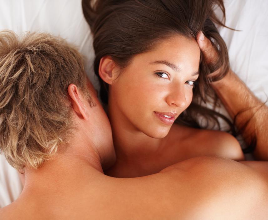 a srácnak nincs erekciója a közösülés során
