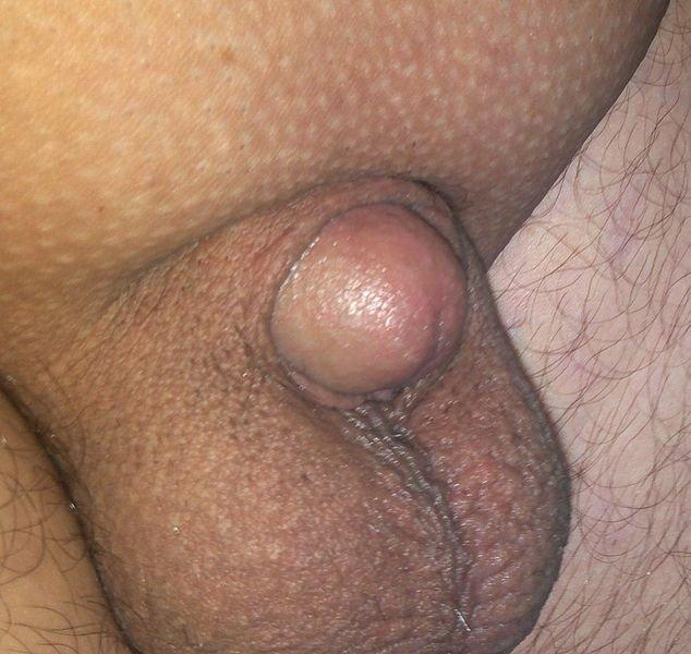 hogyan kell a péniszet egy lányba ragasztani)