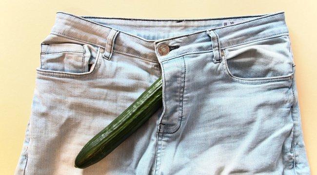 a pénisze sima hogyan kezelik a lányok a kis péniszeket